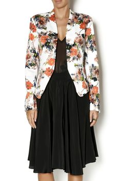 White blazer with floral print and small pockets. Wear this blazer from work to dinner. For a casual weekend outfit, wear a flowy maxi dress underneath and roll up the sleeves.    White Floral Blazer by OVI. Clothing - Jackets, Coats & Blazers - Jackets - Blazers New York City Manhattan, New York City