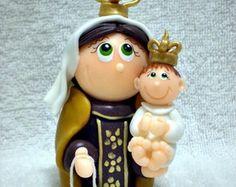 Nossa Senhora do Carmo - 9 cm de altura  http://www.elo7.com.br/atelierclaudiaaparecida