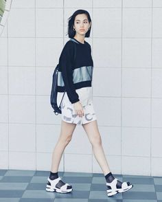 The first international fanpage dedicated to the multi-talented model and actress, Kiko Mizuhara. Japanese Fashion, Asian Fashion, Kiko Mizuhara Style, Sport Fashion, Fashion Outfits, Asia Girl, Poses, Everyday Outfits, Look Cool