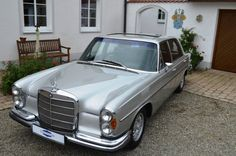 1971 Mercedes-Benz, 300SEL  1971 | Mercedes-Benz | 300 SEL | 3.5 With these models, Mercedes-Benz S-landed a spontaneous sales success. During the entire construction period of the W108 series, the Mercedes-Benz-typical long versions were on offer. You got the model abbreviation W109 and a ten-centimeter longer wheelbase.   EQUIPMENT:      Paint silver gray metallic     Interior Full leather black     ..  http://www.collectioncar.com/detailed.php?ad=50468&category_id=1