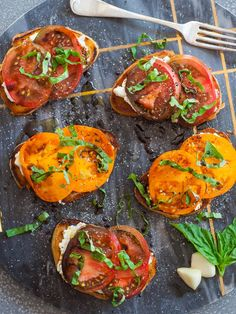Garlic Tomato Toast Delicious tomato toast on butter-toasted sourdough bread with a garlic rub and cheese! Chocolate Crepes, Chocolate Flavors, Best Cake Recipes, New Recipes, Tomato Toast Recipe, Appetizer Recipes, Appetizers, Tatyana's Everyday Food, Ultimate Chocolate Cake