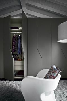 31 Best Fitted Wardrobes Who says wardrobe doors have to be boring? 31 Best Fitted Wardrobes 9 Who # Wardrobe Door Designs, Wardrobe Design Bedroom, Bedroom Furniture Design, Closet Designs, Wardrobe Ideas, Modern Wardrobe Designs, Bedroom Door Design, Wardrobe Closet, Modern Bedroom Design