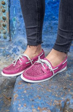 Seek new ways to express adventure in the women's Authentic Original Villa boat shoe, inspired by our Moroccan travels.