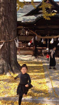 三原の神社にて