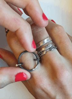 Asterix Ring - keep calm and turn the Asterix  Kinetic jewellery º Anxiety jewelry º worry jewellery º nail biting remedy º stop nail biting º stop anxiety º jewelry you can play with º moving jewelry º stress relief º stress relieving jewelry
