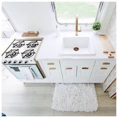 Cool 101 Camper Remodel Ideas https://decoratoo.com/2017/04/02/101-camper-remodel-ideas/ In this Article You will find many Camper Remodel Inspiration and Ideas. Hopefully these will give you some good ideas also.