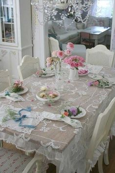 #Looking for some creative #shabby #chic dinning ideas - pretty in white lace.. http://www.myshabbychicstore.com
