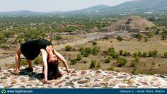 "#Yoga Poses Around the World: ""Teotihuacan"""