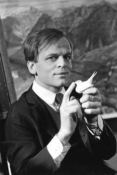 Klaus-Kinski & bird