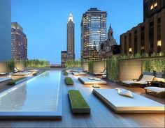 Manhattan Penthouse with rooftop deck n pool. Gracious living at its best New York Penthouse, Manhattan Penthouse, Luxury Penthouse, Penthouse Suite, Penthouse Apartment, Outdoor Spaces, Outdoor Living, Outdoor Lounge, Art Studio At Home