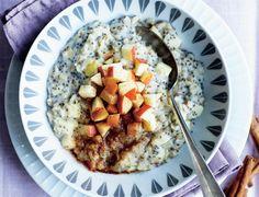 Begynd dagen med et hurtigt, men solidt morgenmåltid, og skab en god bund for resten af dagen. Her får du opskriften på en energirig havregrød, der kan laves på under 15 minutter.