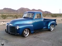 1951 Chevrolet 3100 (Stone Blue) – Social Network for Automotive Enthusiasts: Classic Bikes and Cars Lovers Rv Truck, New Trucks, Cool Trucks, Cool Cars, Old Chevy Pickups, Chevrolet 3100, Chevrolet Trucks, Classic Chevy Trucks, Classic Cars