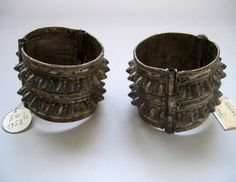 Africa | Pair of silver bracelets (Arab craftsmanship) from the Somali people of Somalia or Ethiopia | ca. 1885 or earlier