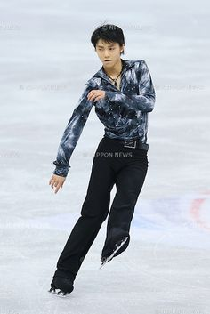 Yuzuru Hanyu (JPN), .DECEMBER 7, 2012 - Figure Skating : .ISU Grand Prix of Figure Skating Final 2012/2013 .Men's Short Program .at Iceberg Skating Palace, Sochi, Russia. .(Photo by YUTAKA/AFLO SPORT) [1040]