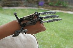 Bionicle MOC: Wolverine Claw by Rahiden