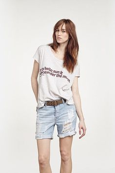 ANA HEART Milo T-shirt - Heather Grey Clear