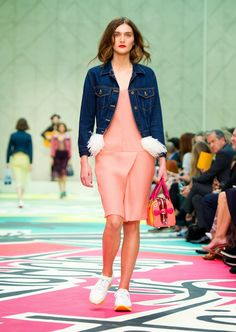 Burberry Prorsum Womenswear Spring/Summer 2015 The Birds and The Bees