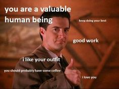 Agent Cooper gives you thumbs up