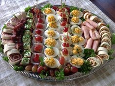 Easy Appetizer Recipes, Appetizers For Party, Party Food Platters, Antipasto Platter, Party Buffet, Food Plating, Thanksgiving Recipes, Finger Foods, Food And Drink