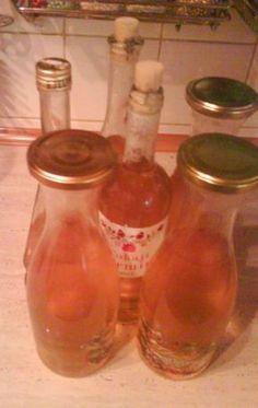 Lipový sirup (fotorecept) - obrázok 5 Korn, Hot Sauce Bottles, Food And Drink, Drinks, Cooking, Syrup, Health, Drinking, Kitchen