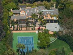Luxury real estate in Malibu CA US - Classic Garden Villa - JamesEdition