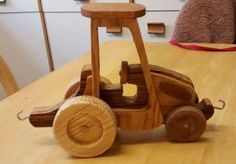 Tractor - Roly's wood bits & finished pieces - User Gallery - Scroll Saw Village