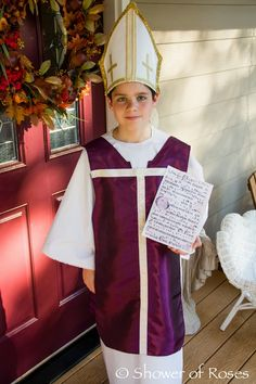 Shower of Roses: Celebrating the Saints :: Our 2013 Costumes! St Patrick's Day Costumes, Boy Costumes, Halloween Costumes, Catholic Kids, Catholic School, Roman Catholic, Saint Costume, Saints For Kids, Elizabeth Ann Seton