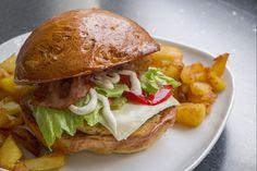 Hamburger, Bacon, Chicken, Ethnic Recipes, Cilantro, Hamburgers, Loose Meat Sandwiches, Cubs, Kai