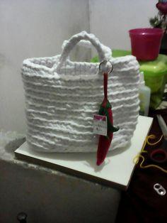 Bolsa moda praia em fio de malha feita por mim