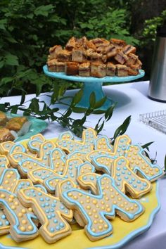 These cookies are perfect for any graduation party or birthday!