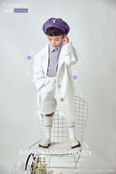 Kids Fashion Photography, Children Photography, Kids Mode, Vintage Baby Boys, Kids Studio, Pose Reference Photo, Baby Kids Clothes, Child Models, Toddler Fashion
