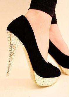 http://heelsfans.com/gag/Gorgeous Heels  ♥