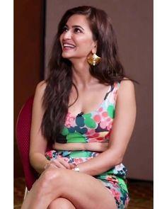 Kirti Kharbanda, Bollywood Celebrities, India Beauty, Celebrity Pictures, Tankini, Celebs, Swimwear, Fashion, Celebrities