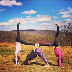 easy 3 person triangle yoga with images  acro yoga