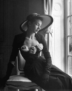 Denise Duval, French opera singer, wearing a Christian Dior dress trimmed with plush roses, photo by Pat English, Paris, 1947