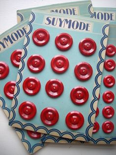 cute vintage buttons and even cuter vintage button cards