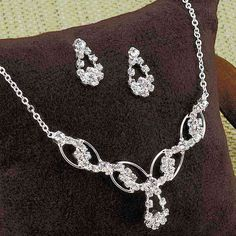 Eternal Swirls Jewelry Set