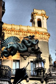The Umbrellas House Dragon. Travel Around The World, Around The Worlds, Barcelona Architecture, Country Scenes, Spain And Portugal, In Ancient Times, Gaudi, Wanderlust Travel, Beautiful World