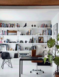 Grande bibliothèque murale blanche/blanc + oiseau Eames