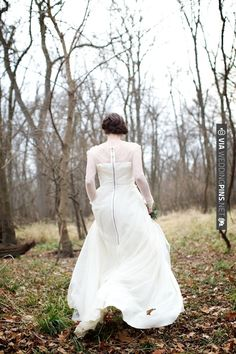 gorgeous sheer sleeved wedding dress with a zipper at the back (+ gorgeous shoot! | CHECK OUT MORE IDEAS AT WEDDINGPINS.NET | #weddings #weddingdress #inspirational