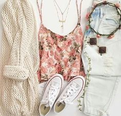 pretty cute outfit. ✨