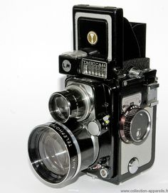 Old yashica model Camera Kodak Camera, Movie Camera, Spy Camera, Camera Gear, Antique Cameras, Old Cameras, Vintage Cameras, Canon Cameras, Canon Lens