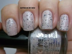 GLITTER ON MY NAILS: CLAIRE'S' NUDE GLITTER