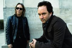 Dave Matthews and Tim Reynolds. I love these two together. Amazing..