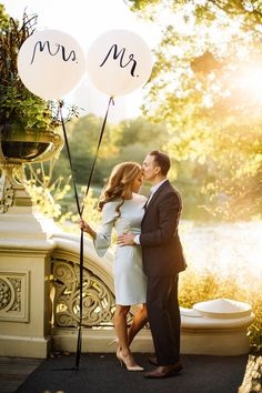 Engagement Photo. Kate Spade NY Balloons. Central Park Photo By RichardBFlores Photography