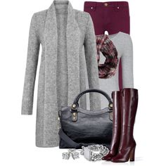 Not so much the long grey cardigan but I'm really liking the deep burgundy pants and boots. Mode Outfits, Chic Outfits, Fashion Outfits, Womens Fashion, Fall Winter Outfits, Autumn Winter Fashion, Burgundy Pants, Plum Pants, Maroon Pants