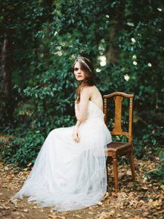 rustic chic bride / emerald wedding inspiration