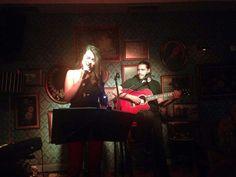 Βάσια Δανιά live @ PassPort Art (7/11/2015) μαζί με Γιώργο Πασχάλη (κιθάρα) ~ Φωτογραφία: Ειρήνη Χαζάπη