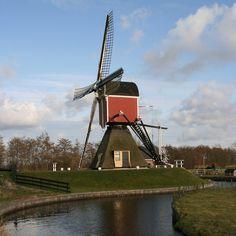Google Afbeeldingen resultaat voor http://upload.wikimedia.org/wikipedia/commons/9/9f/Koudekerk_aan_den_Rijn_-_Lagenwaardse_Molen.jpg