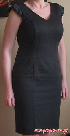 Simple Dresses, Elegant Dresses, Casual Dresses, Dresses For Work, Shift Dress Outfit, Athletic Dresses, Over 60 Fashion, Frock For Women, Stylish Work Outfits